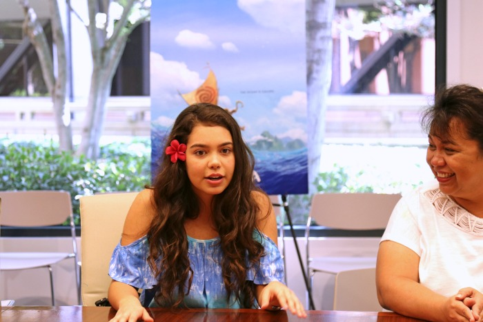 Exclusive Auli'i Cravalho Interview for Moana (with her MOM!)