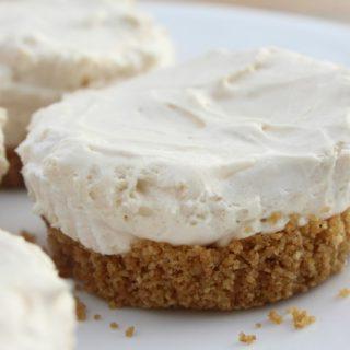 No-Bake Mini Peanut Butter Cheesecakes
