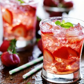 Best Strawberry Cocktail Recipes