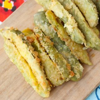 Deliciously Easy Fried Pickles