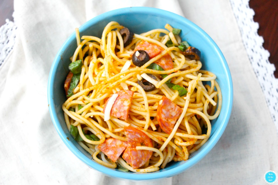 Hot or Cold Pizza Pasta Salad