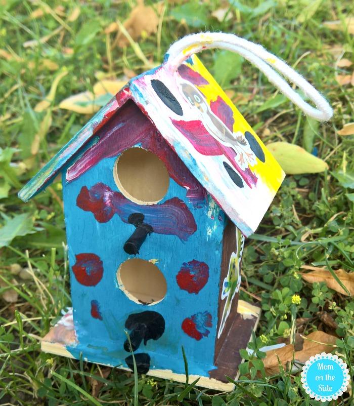 Bird Scavenger Hunt and DIY Birdhouse