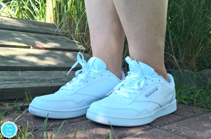 Reebok Classics Memt and Sneaker Outfits for Busy Moms