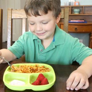 Stress-Free Mealtime Tips for Busy Moms