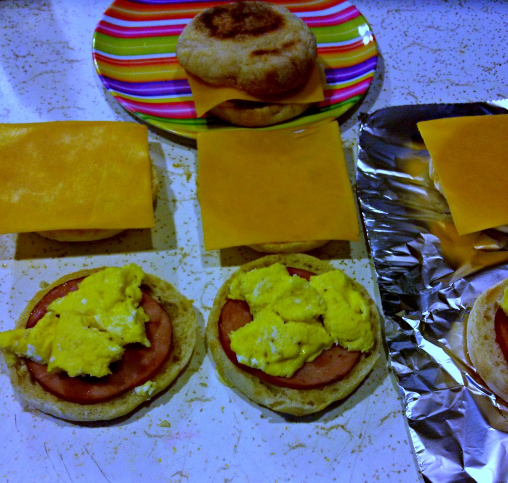 makeathomebreakfastsandwiches