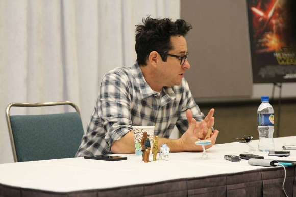 How Was BB-8 Created: Exclusive Star Wars: The Force Awakens Interview with J.J. Abrams