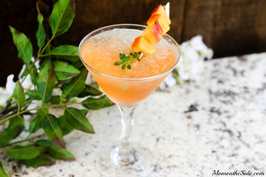 Thirsty Thursday: Iced Peach Cocktail