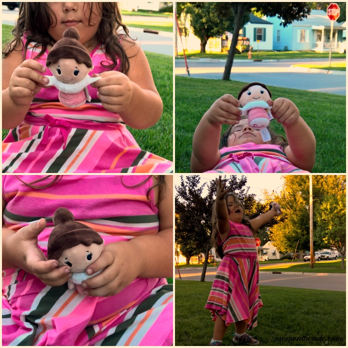Adorably Awesome Itty Bittys Fashion Barbie Collector Set + Giveaway