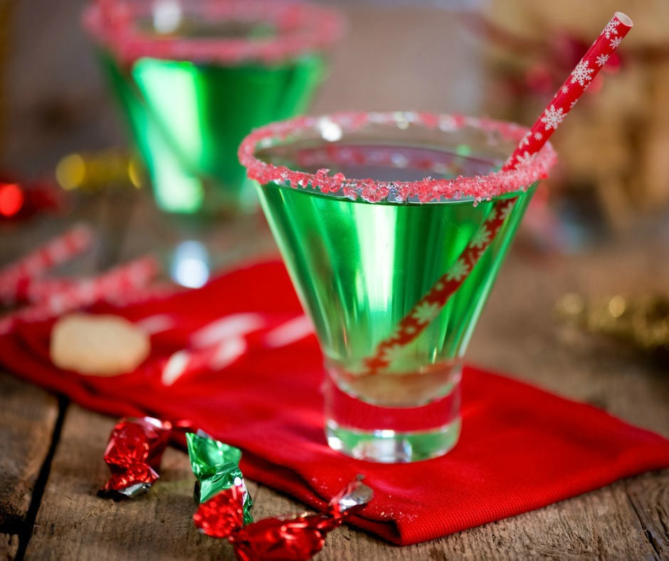 15 Delicious Holiday Drink Recipes For Grown Ups To Enjoy