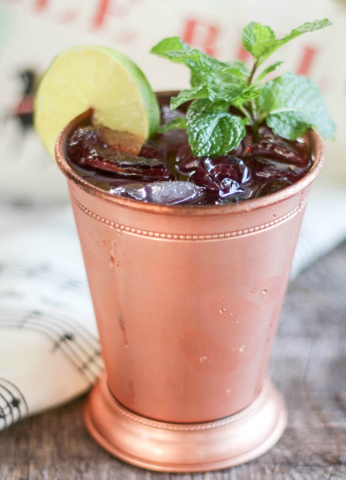 A delicious fall twist to the Moscow Mule, this Cranberry Apple Mule is great for sipping on the porch swing, serving at holiday parties, and shaking together on the weekend.
