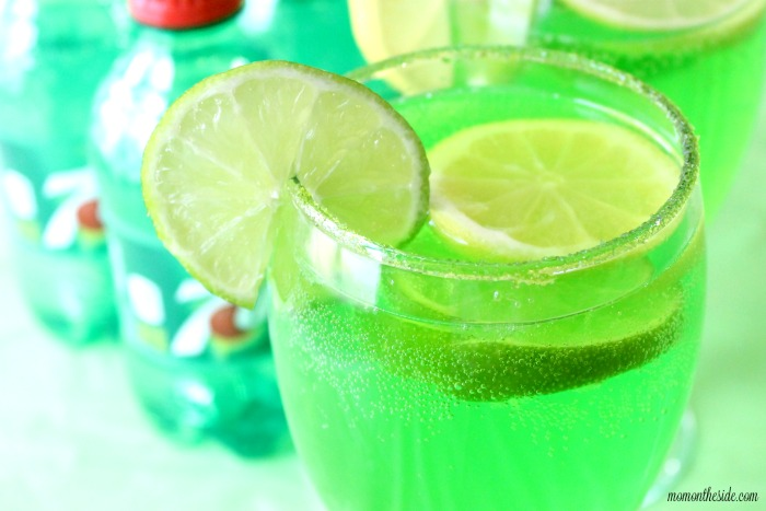Sour Green Apple Spritzer with 7UP