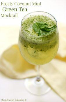 Frosty Mint Cocktail - Yummy Spring Cocktails