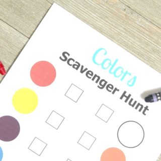 Free Printable Colors Scavenger Hunt for Kids