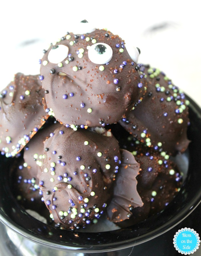 How to decorate Halloween peanut butter balls