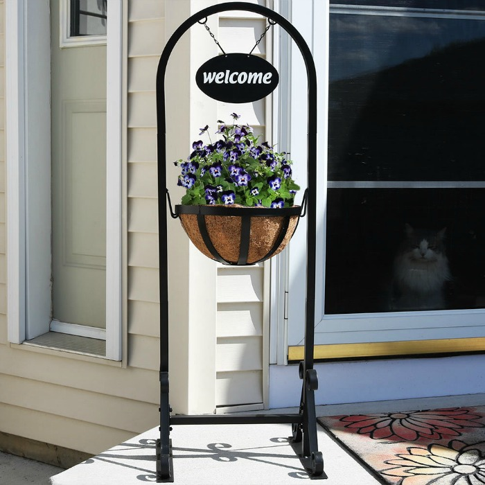 Welcome Sign: Garden Gift Ideas