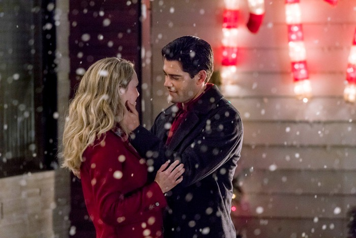 Images from new Hallmark Channel's Christmas Next Door starring Jesse Metcalf