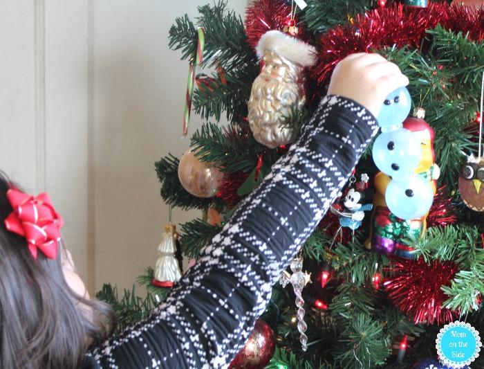 DIY Chrismtas Ornaments: Ooniements made with Oonies