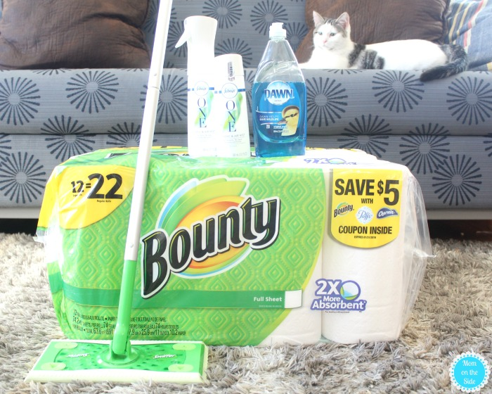 Mom's Family Football Game Day Party Must Haves for Clean-Up