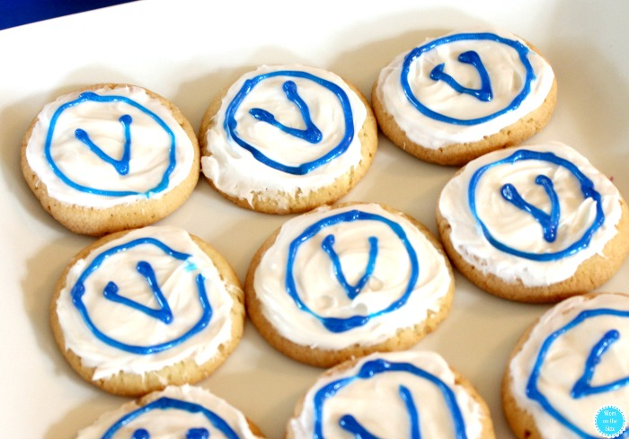 FORTNITE Party Ideas: V-Vucks Sugar Cookies