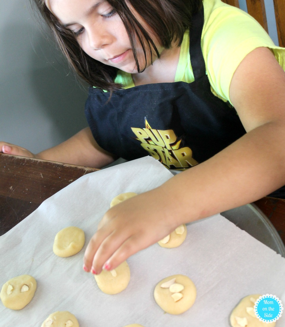 Baking with Kids: Chinese Almond Cookies