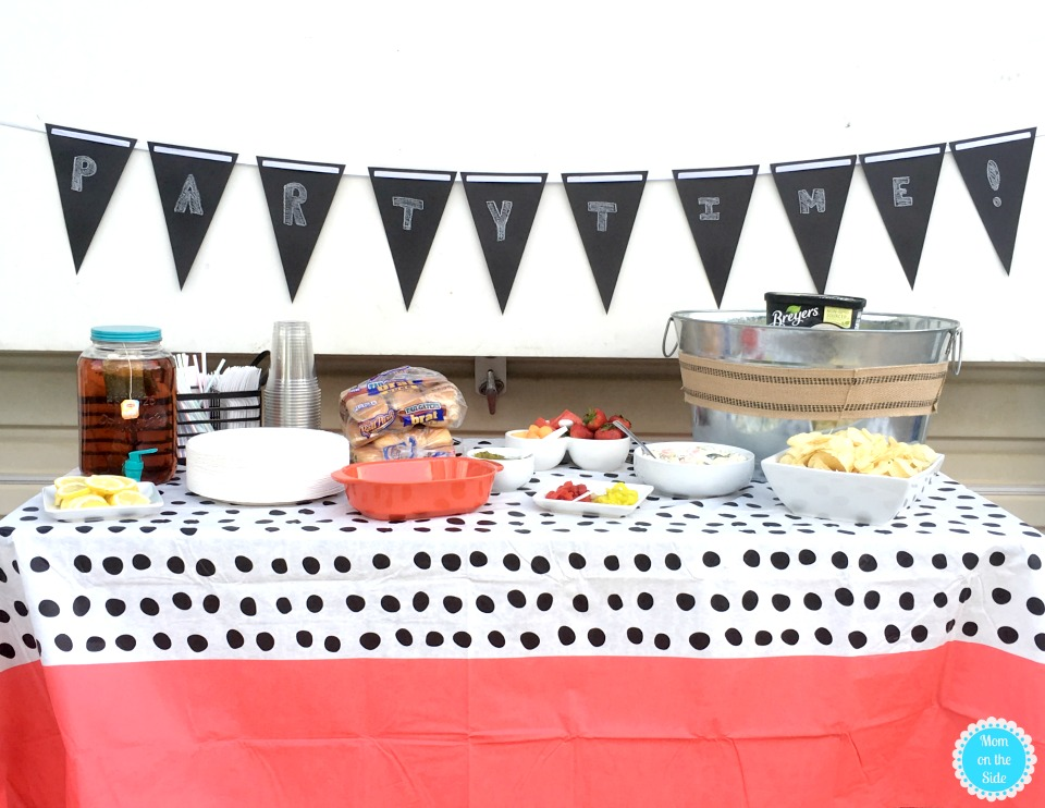 How I Host a Successful Cookout with Friends: Easy Food and Fun
