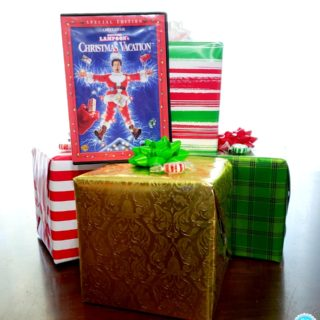 Plan a Holiday Movie Night with Four Simple Things